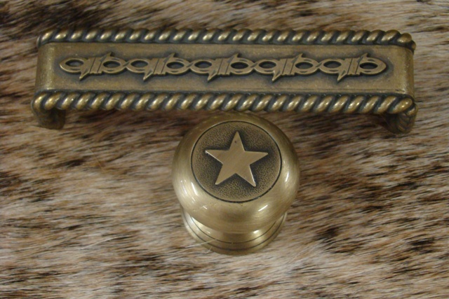 Brushed Brass Round Star Cabinet Pull
