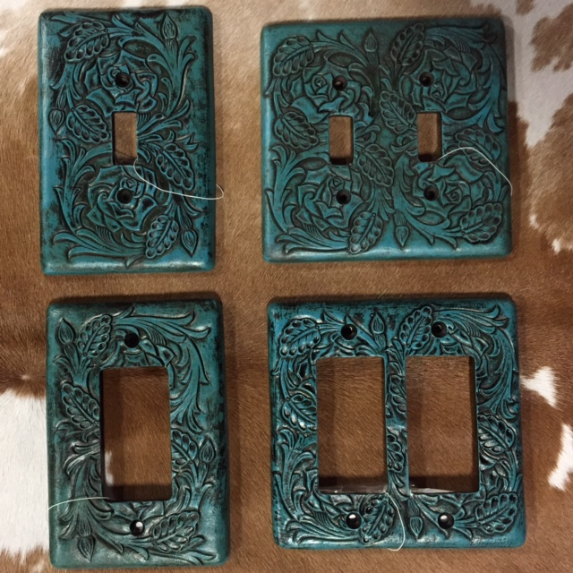 Blue Scroll Wall Plates