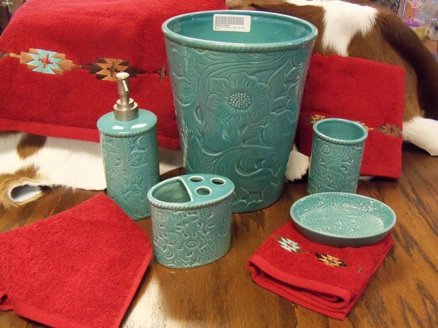 Savannah Turquoise Bath Set