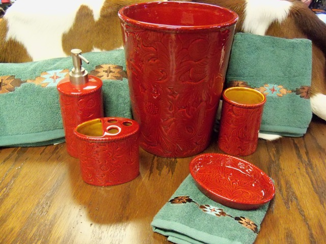 Savannah Red Bath set